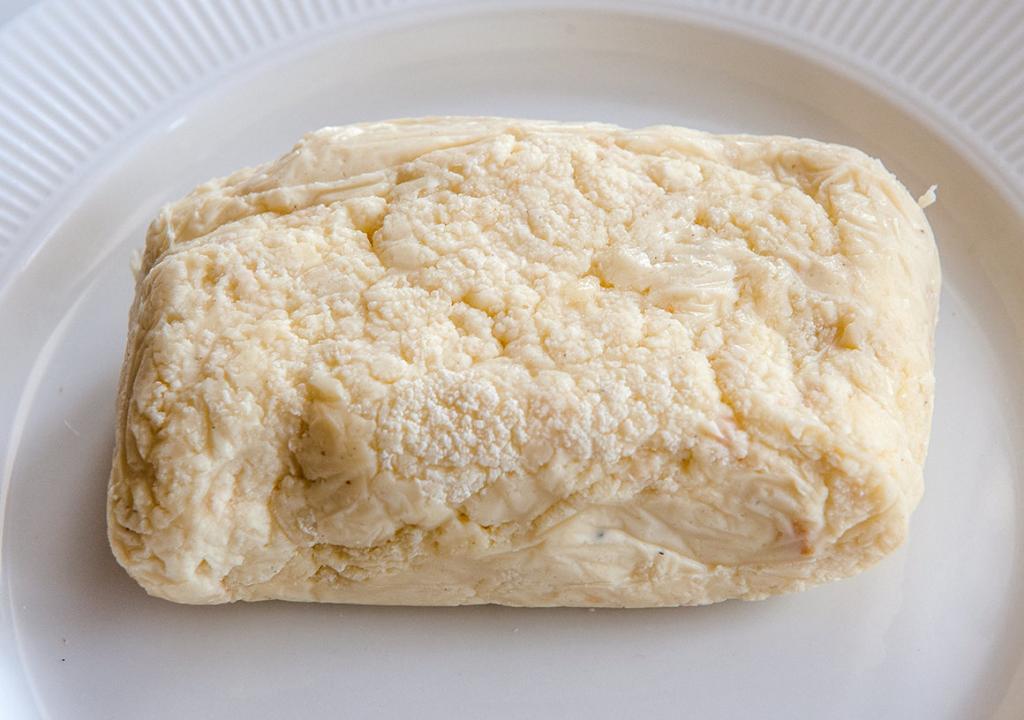 Обратно в прошлое: почему во время эпидемии японцы бросились готовить сыр по старинному рецепту