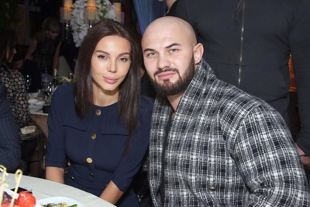 Рэпер Джиган перестал появляться в соцсетях после того, как его жена опубликовала пост о разводе