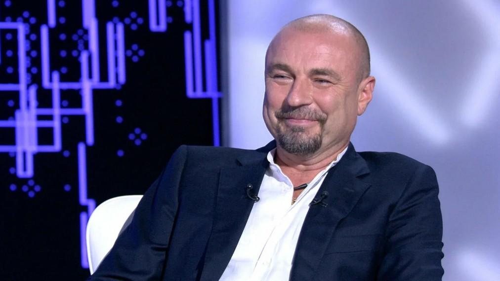 Экс-муж Татьяны Навки Александр Жулин сообщил подписчикам, что стал отцом в третий раз