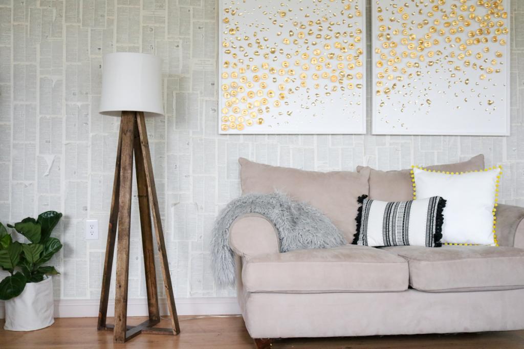 Не просто предмет мебели, а стильная деталь интерьера: делаем красивый светильник на массивных деревянных ножках