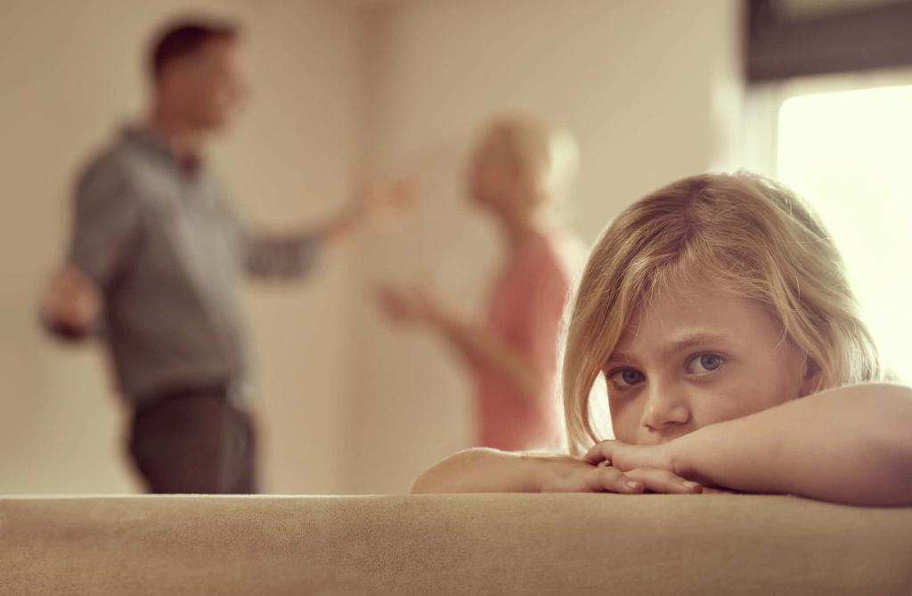 Они похожи на наших родителей: почему мы привлекаем эмоционально недоступных партнеров