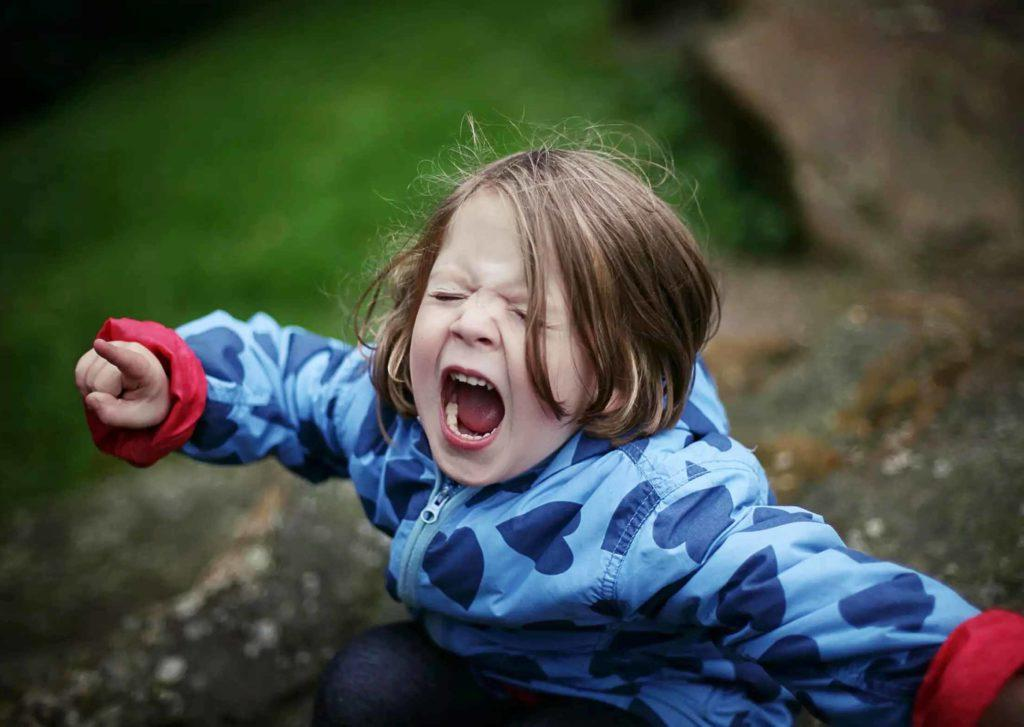 Как незнакомец отучил мою дочь от истерик. Простой, но очень эффективный способ
