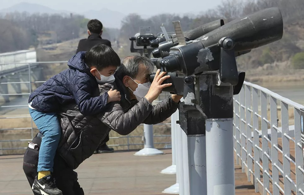 Какой коронавирус? Фото повседневной жизни в Северной Корее, где не было подтверждено ни одного случая заболевания COVID-19