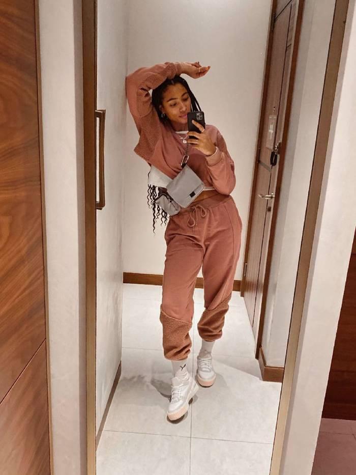 Спортивные брюки даже с пиджаками. Мода 2020 года