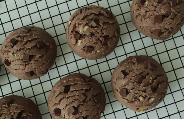 У подруги подсмотрела рецепт вкусного шоколадного печенья Одна ложка: дети в восторге от десерта
