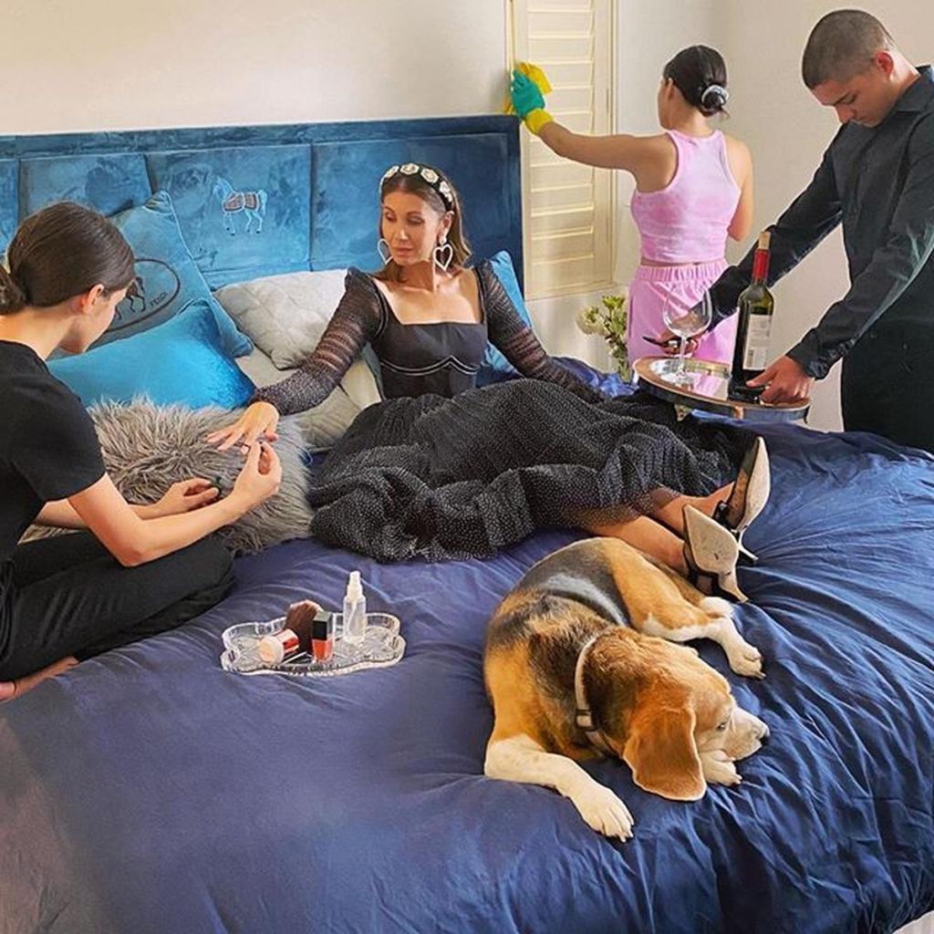 «Скучающая домохозяйка»: светская львица из Австралии Мелисса Грэм устроила фотосессию во время карантина