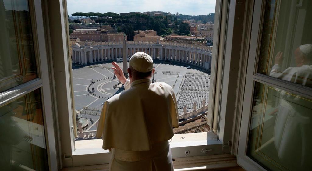 Папа римский считает, что пандемия коронавируса – это ответ природы на глобальный климатический кризис
