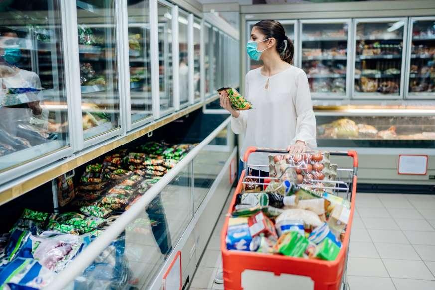 Трогайте только то, что вы покупаете: эксперты назвали идеальную технологию закупки продуктов во время эпидемии