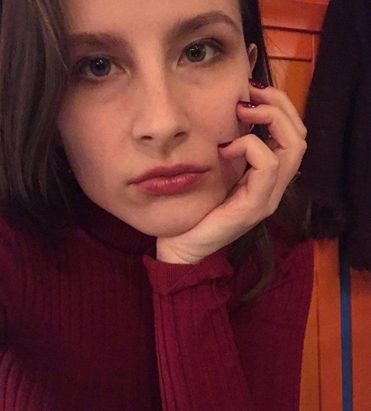 Старшая дочь Ивана Охлобыстина стала копией красавицы мамы на новых снимках