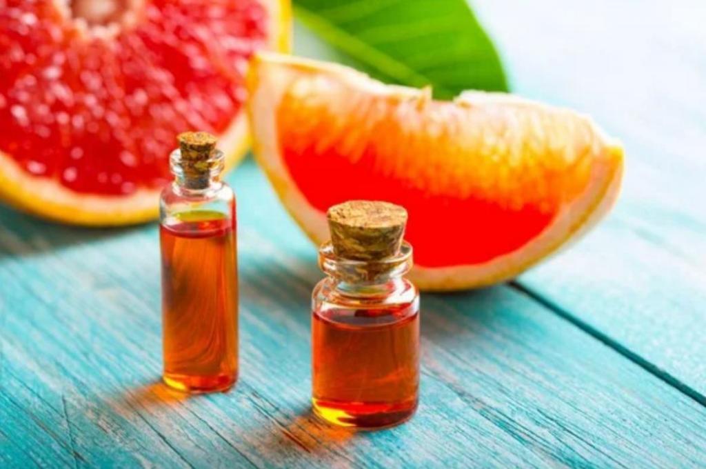 Вместо похода к косметологу: как на карантине самостоятельно сделать грейпфрутовый пилинг для жирной кожи