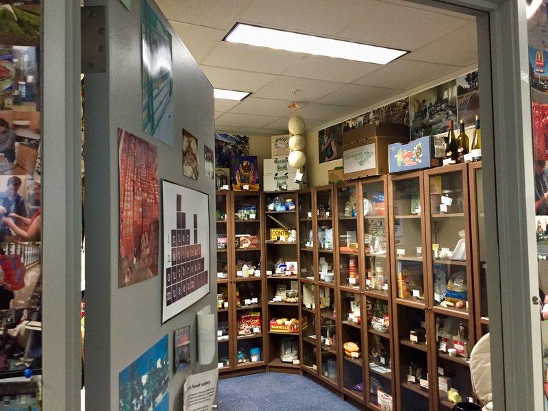 Пришло время добавить летучую мышь: в Портленде есть музей, где представлены объекты, вызвавшие вспышки инфекционных заболеваний