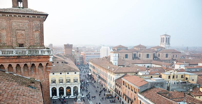 Чудо итальянского городка Феррара: 1000 человек живут в самом эпицентре эпидемии, а никто не заразился