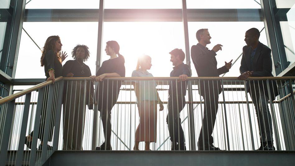 Новое исследование: более успешны предприятия, в руководящий состав которых наравне с мужчинами входят женщины
