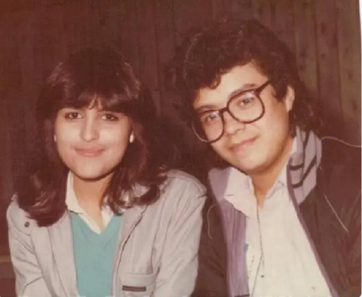 Любовь есть! Фотографии пар, которые познакомились в школьные годы и уже много лет живут в счастливом браке