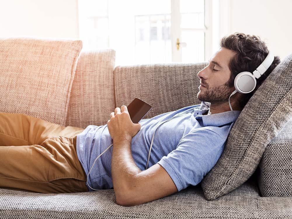 картинки отдыхающий мужчина убережет неприятностей, поможет
