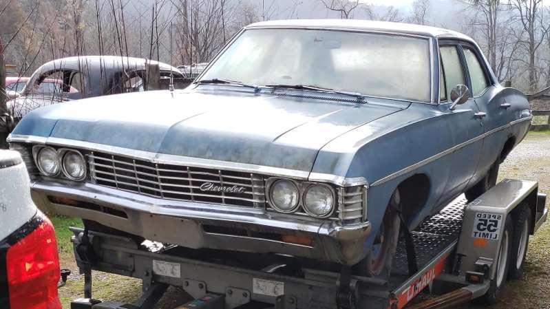 Ревнивая девушка воспользовалась отсутствием парня и отправила свою соперницу Chevy Impala 1967 на свалку