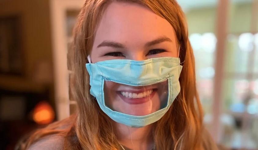 Видеть улыбку друг друга: прозрачные маски для лица скоро могут стать нормой