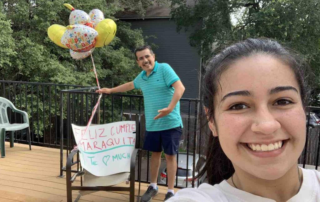 Мужчина провел 17 часов в дороге, чтобы сделать дочери сюрприз в честь ее дня рождения (фото)