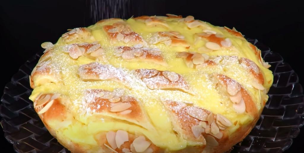 Попробовала у знакомой вкусный пирог с лимонным кремом. Взяла у нее рецепт