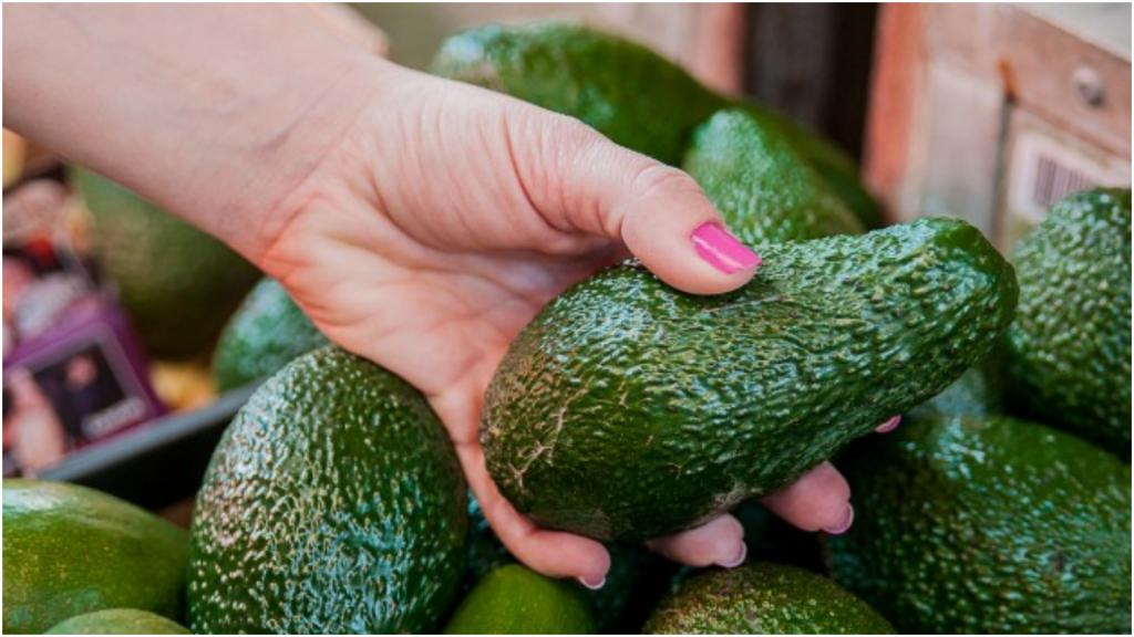 Авокадо лучше оставить в магазине: для некоторых он небезобиден