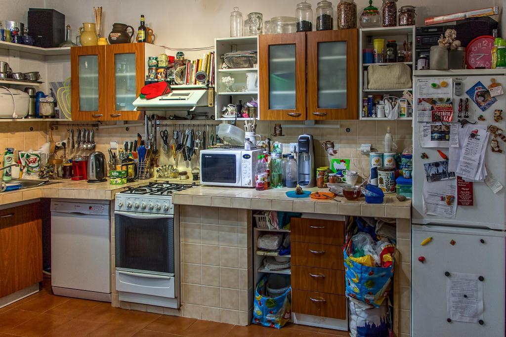 Я перестала держать бытовую технику на кухонном столе, и у меня сразу появилось свободное пространство