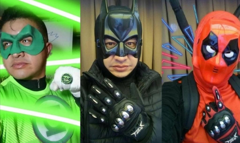 Учитель дает онлайн уроки в костюмах супергероев: дети с нетерпением ждут встречи с ним