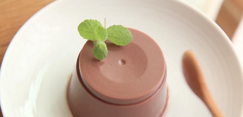 Делаю для детей необычный, простой и очень полезный десерт. Пудинг из шоколадного или фруктового молока