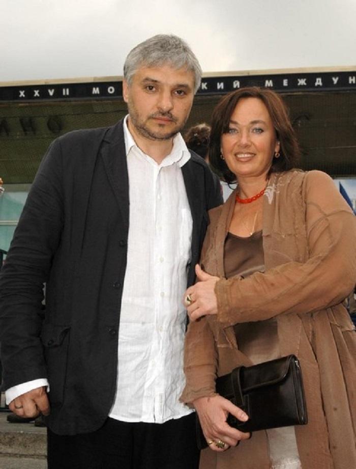 Лариса Гузеева рассказала о лишнем весе и том, как муж смотрел на худых подружек