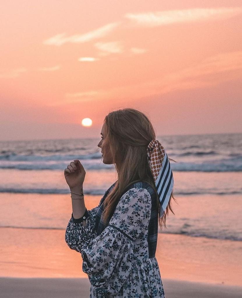 На фото у нее улыбка, а в душе — настоящая буря: тревел-блогер рассказала, какие истории скрываются за ее идеальными снимками