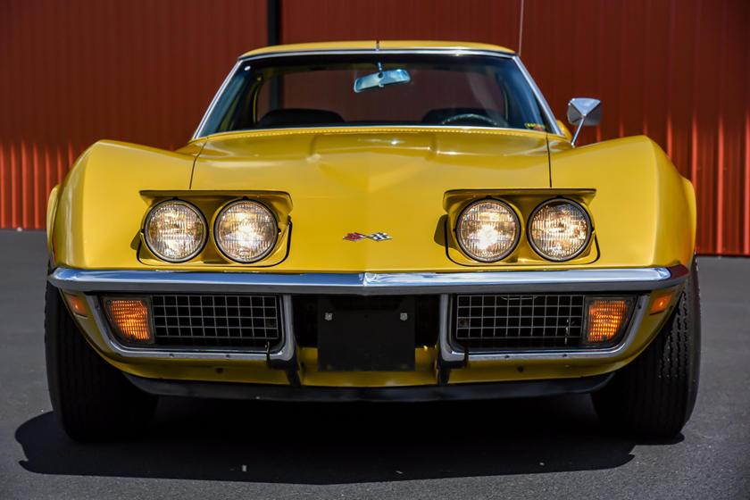 Пример для подражания: авто Corvette Stingray 1971 года побывал у 4 владельцев, но выглядит как новый