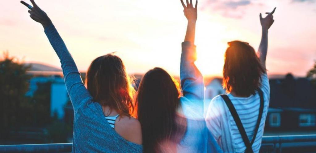 Почему людям трудно заводить друзей: высокая требовательность, недоверчивость и другие причины