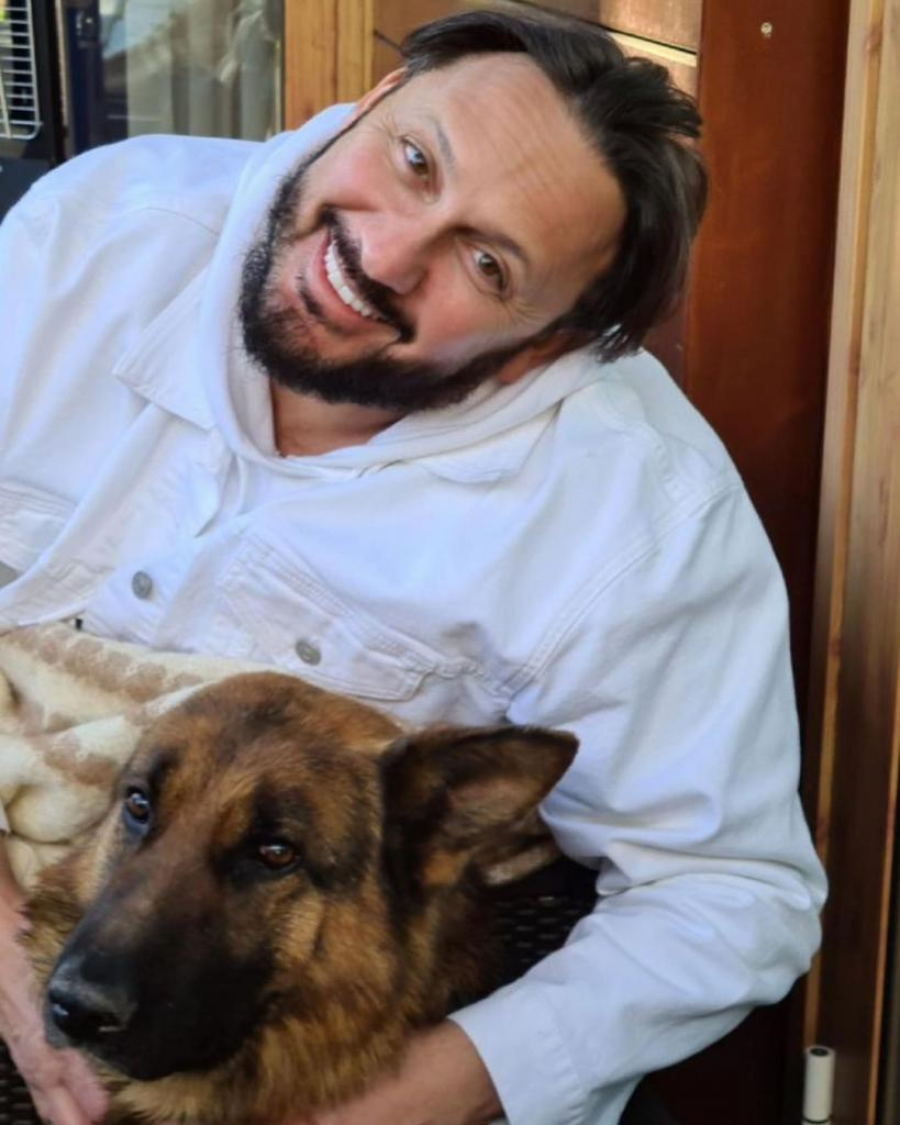 Стас Михайлов поздравил отца и показал его фото в молодости