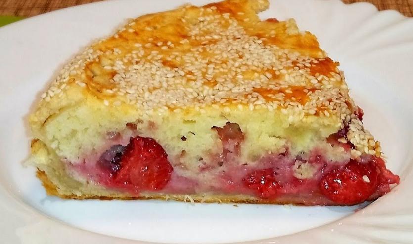 Рецепт вкусного заливного пирога с клубникой. Мой фирменный рецепт