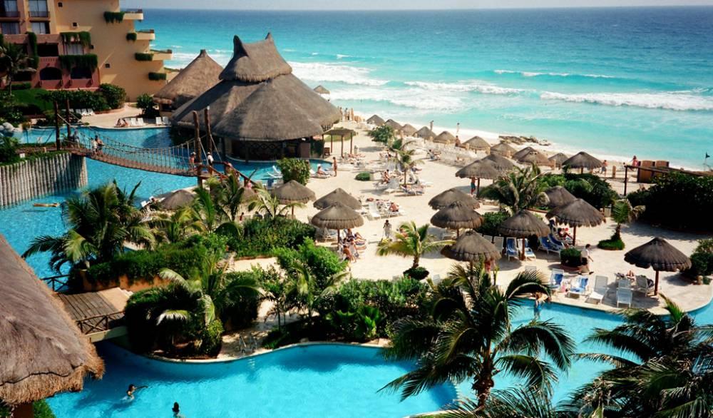 Бесплатный отпуск: мексиканские отели предлагают бесплатные номера и питание для туристов с 15 июня