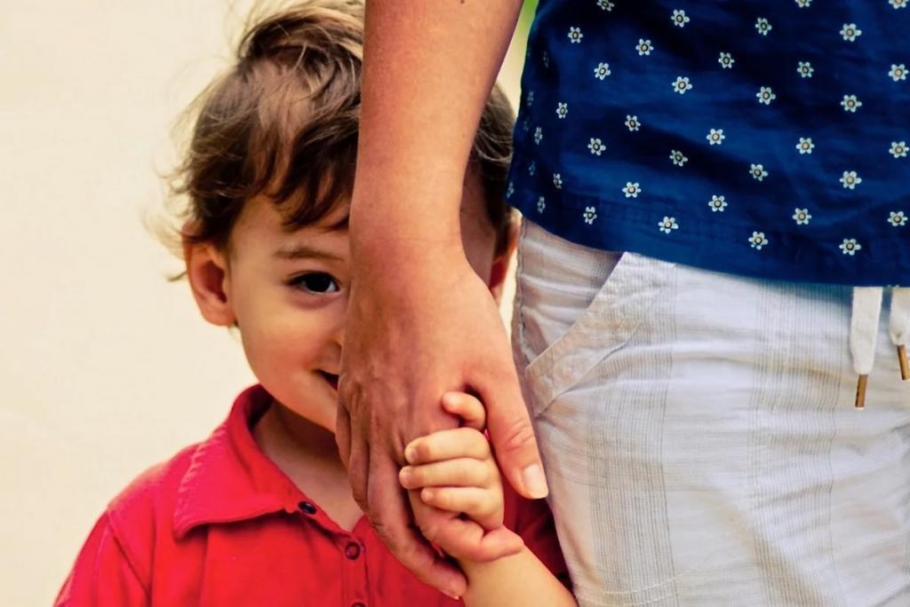 Последствия проявляются чуть позже: психологи выяснили, насколько сильно застенчивые дети страдают от социального дистанцирования