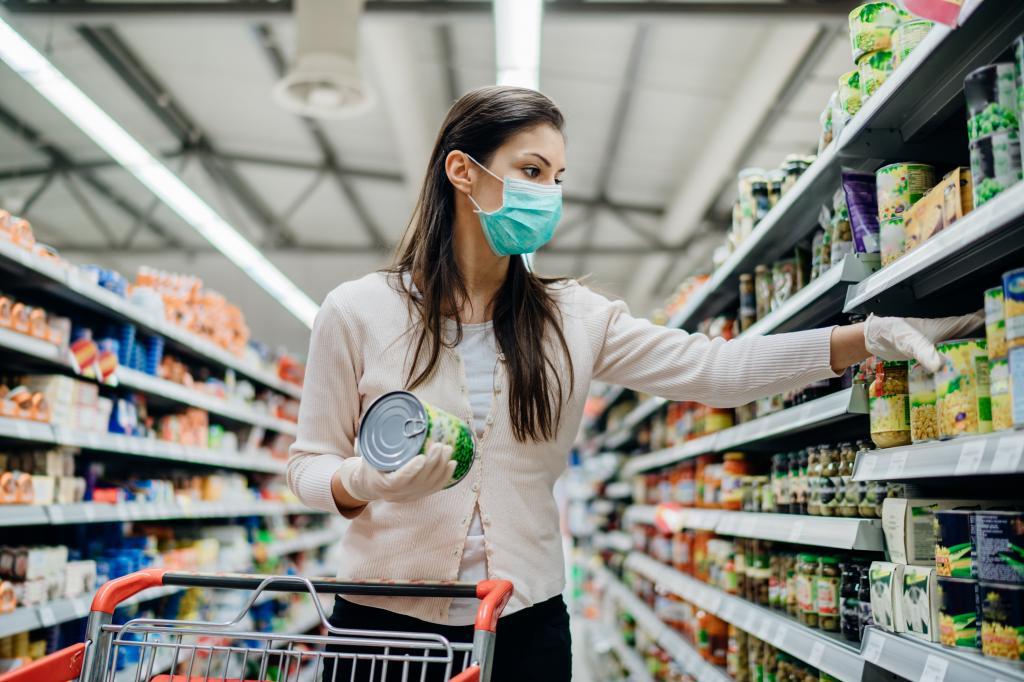 Меньше мяса, больше консервов: как эпидемия коронавируса может изменить наши кулинарные привычки и культуру питания в целом