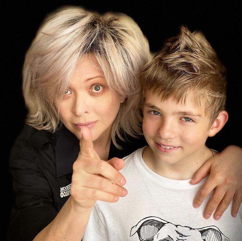 Как выглядит сын Певцова и Дроздовой? Актер показал фото подросшего Елисея