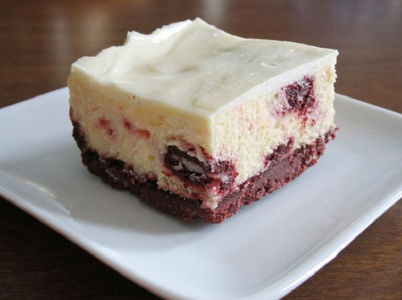 Чизкейк  Красный бархат  с печеньем  Орео : десерт получается очень нежным, вкусным и необычным