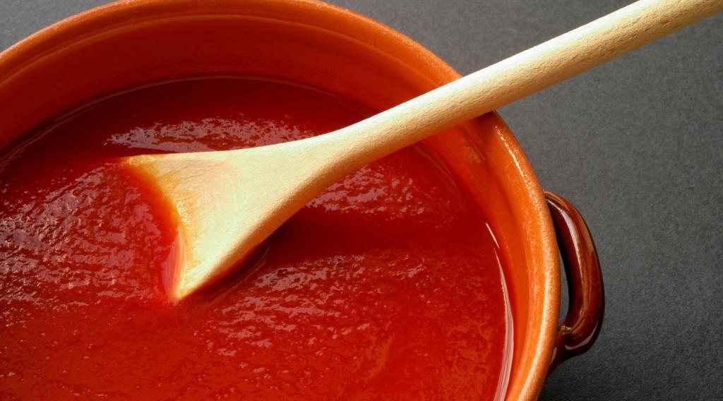 Летом часто пеку томатно-сырный тарт: иногда еще добавляю анчоусы