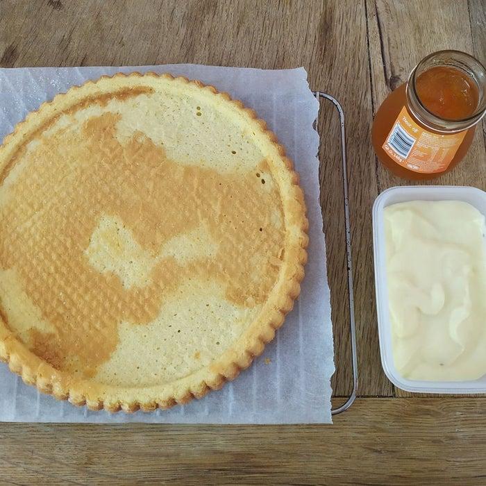 По-настоящему летний десерт: как приготовить пирог со свежими фруктами