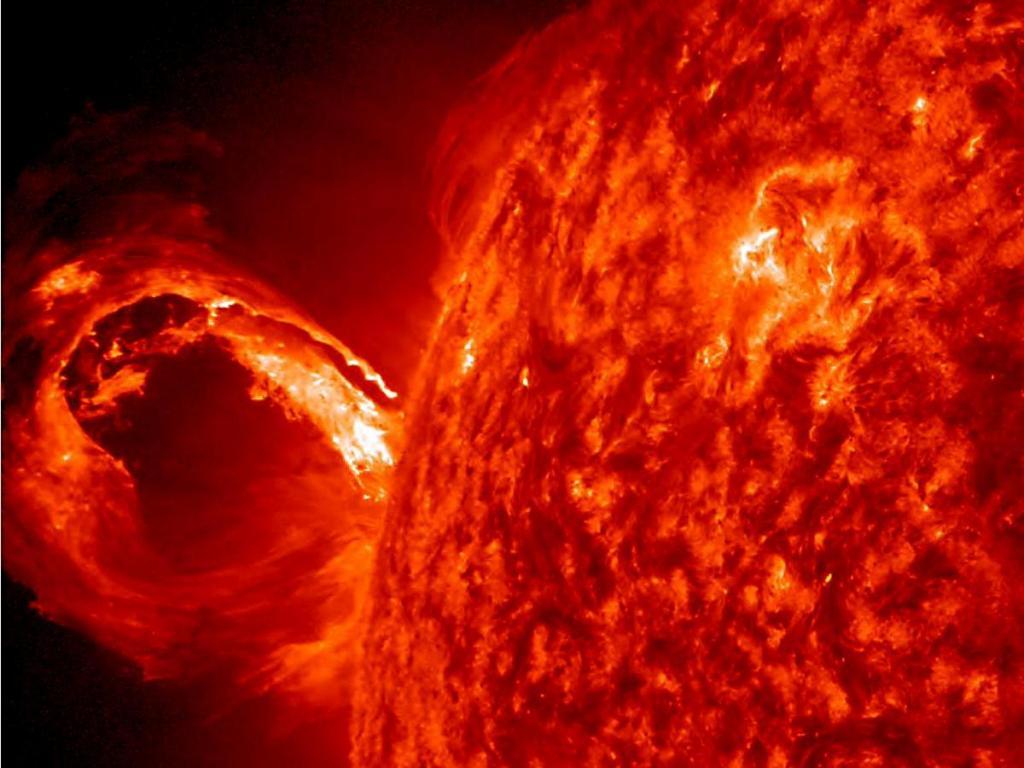 После нескольких лет покоя Солнце опять становится активным: зафиксирована новая вспышка