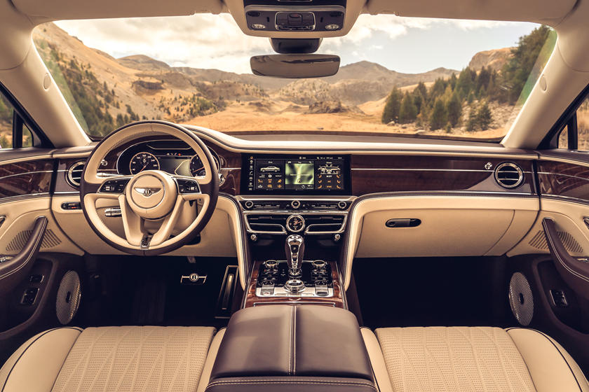 Будущие Бентли будут иметь выдвигающиеся рулевые колеса: британцы близятся к полностью автономным транспортным средствам