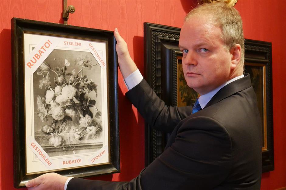 Бесценные сокровища, украденные нацистами в разных странах мира, были куплены музеями, но владельцы мечтают вернуть их
