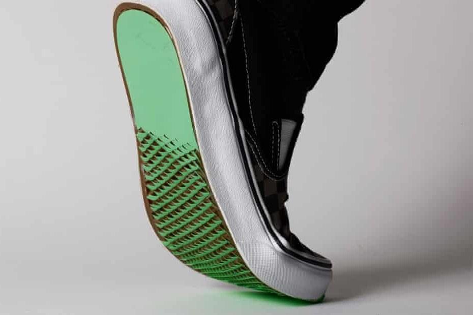 Японское искусство киригами   это не только красиво, но и полезно: оно помогло создать нескользящую подошву для обуви