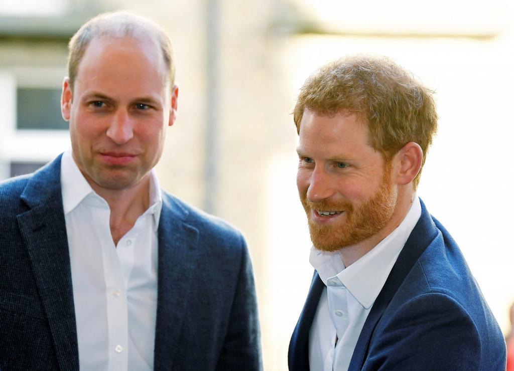 Принц Уильям посоветовал Гарри вернуться в Лондон или переехать в другое, более безопасное место за пределами Лос-Анджелеса
