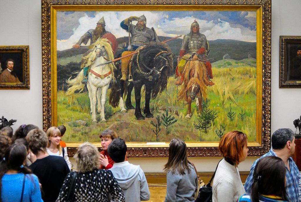 Третьяковская галерея открыла двери для посетителей: в первый день в музее побывало около 1400 человек