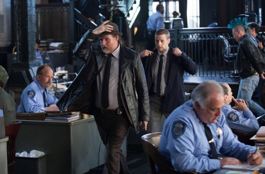 Режиссер Бэтмена снимет детективный сериал: шоу будет посвящено полиции Готэм-Сити