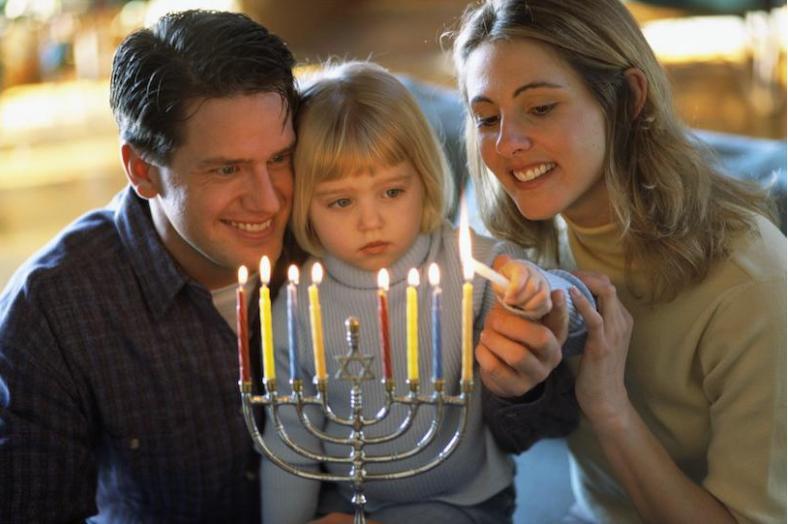 Равноправие, общие обязанности и одинаковая материальная ответственность: подруга рассказала, как живет с мужем евреем