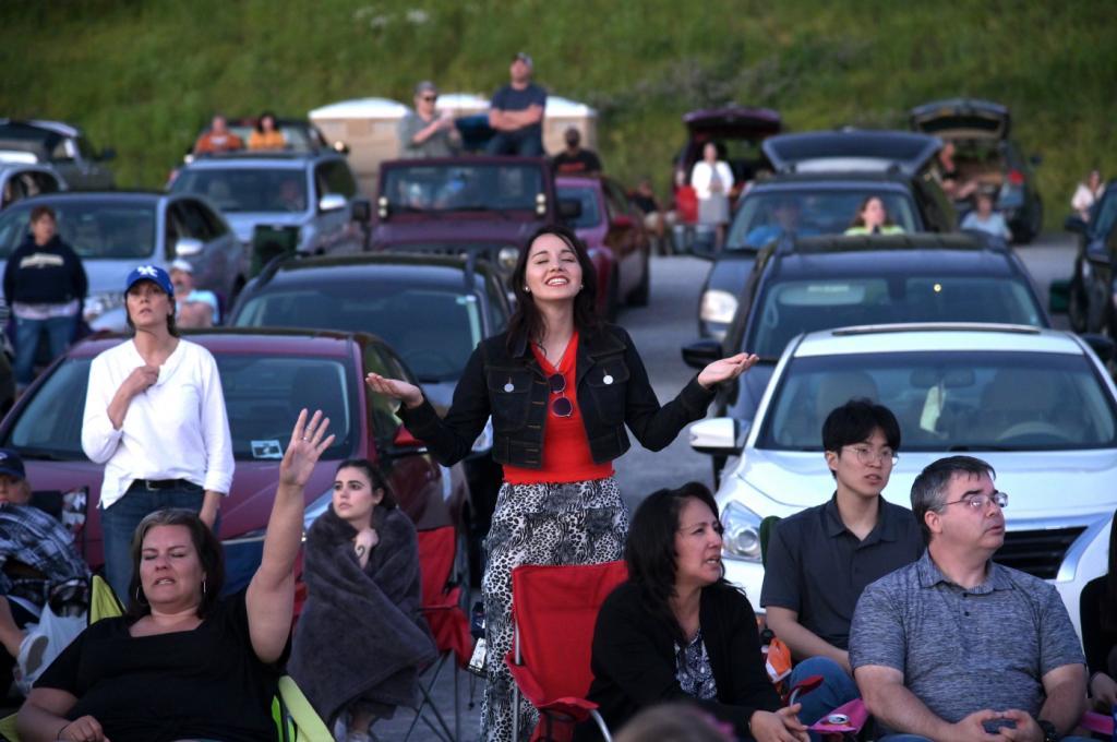 В Лужниках пройдет серия особенных концертов: выступления Дианы Арбениной, группы Сплин и других зрители будут смотреть из собственных автомобилей
