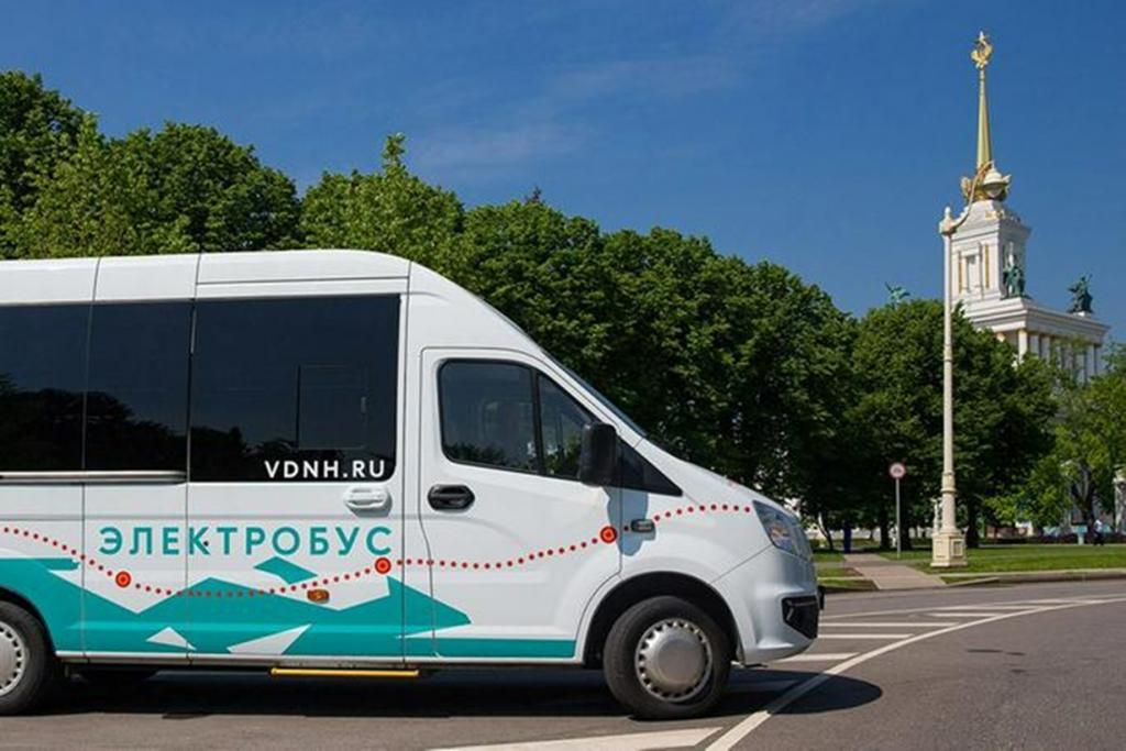 Яркие и красивые электробусы совершенно бесплатно возят всех посетителей ВДНХ с 24 июня